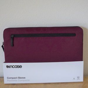 Incase Classic Sleeve for Laptop PC 15""